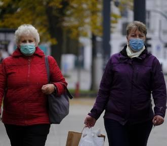 Kiedy zniesienie obowiązku noszenia maseczek na świeżym powietrzu? Minister odpowiada