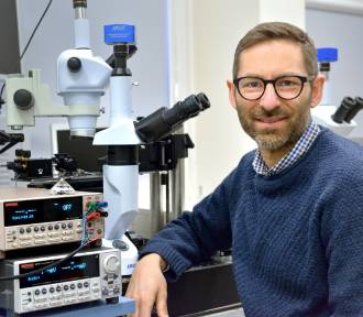 Naukowcy z PG badają koronawirusa, wykorzystując diamenty