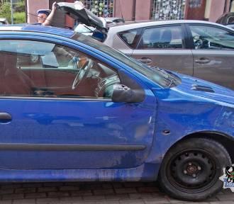 Pijana wałbrzyszanka za kierownicą staranowała zaparkowane auto i uciekła. Plaga pijanych kierowców