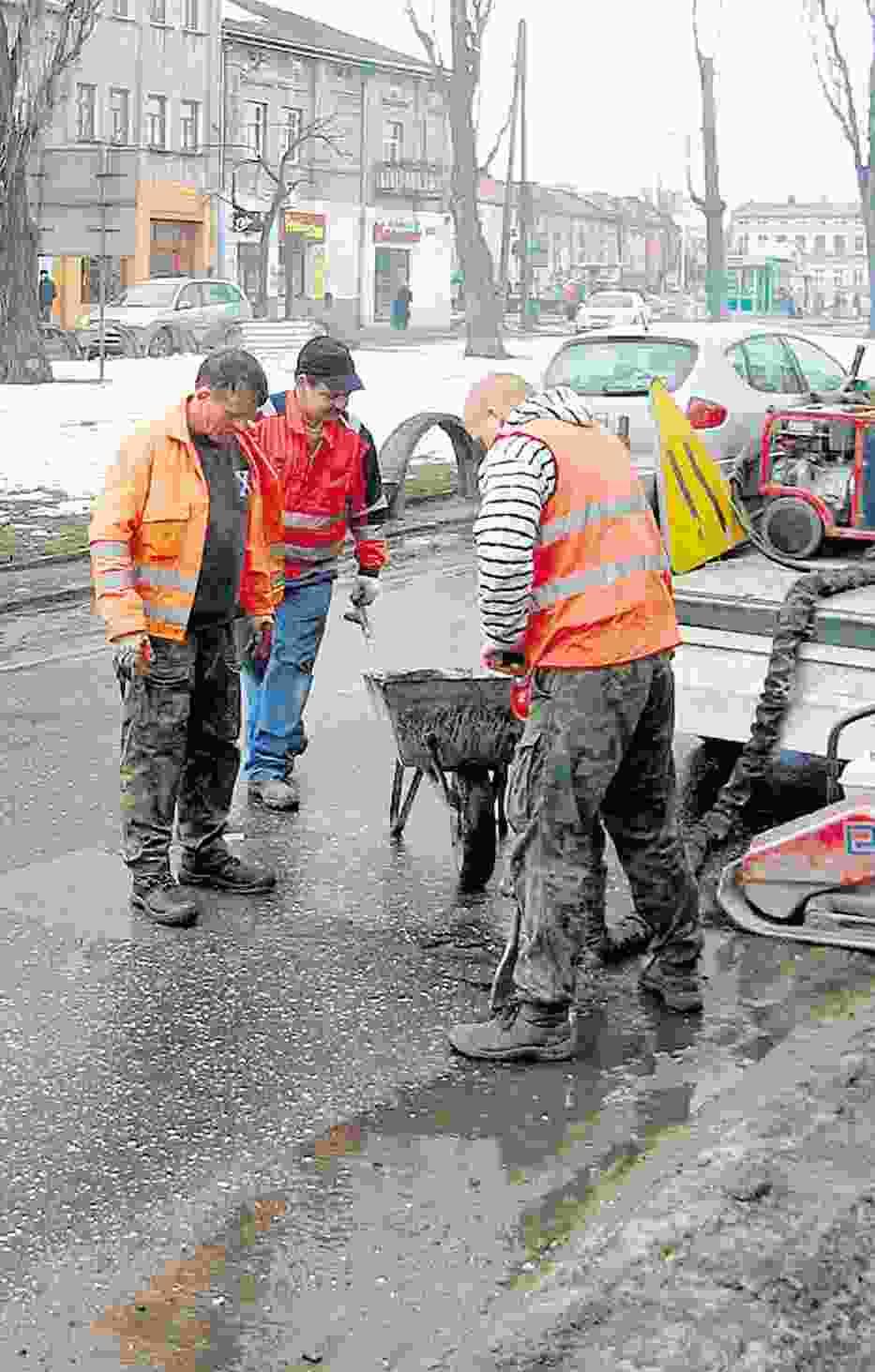 Wiele ulic w mieście wymaga jeszcze poważnych napraw