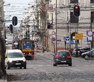 Rozpoczyna się budowa przystanku kolejowego Łódź Śródmieście. Zmiany na ul. Zielonej