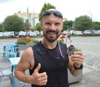 Morderczy bieg i sukces Dominika Komendackiego. 240 kilometrów w górach