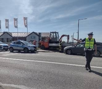 Wypadek na skrzyżowaniu ulic Długiej i Malborskiej. Policjanci kierowali ruchem