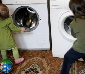 Roczne dziecko zjadło proszek do prania. Uważajcie na swoje maluchy!