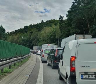 Paraliż Obwodnicy Trójmiasta w stronę Gdańska. Duży korek po wypadku!