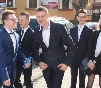Bocheńscy gimnazjaliści po egzaminach