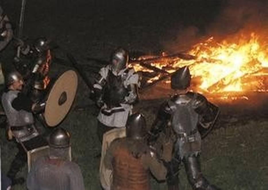 Rycerze podpalili chaty