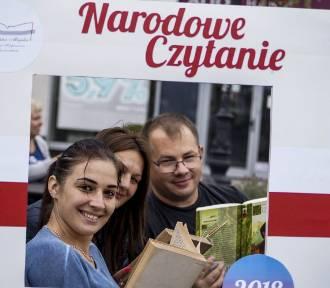 Narodowe Czytanie 2018 na inowrocławskim Rynku [zdjęcia]