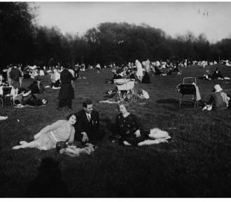 Tak poznaniacy wypoczywali w parku Sołackim przed laty! Zobacz niezwykłe zdjęcia