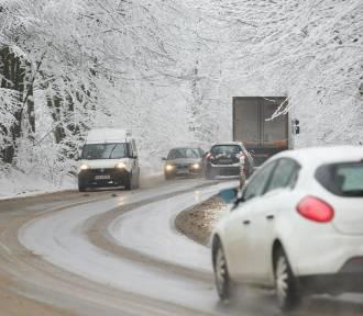 IMGW ostrzega przed intensywnymi opadami śniegu w kilku powiatach Podkarpacia