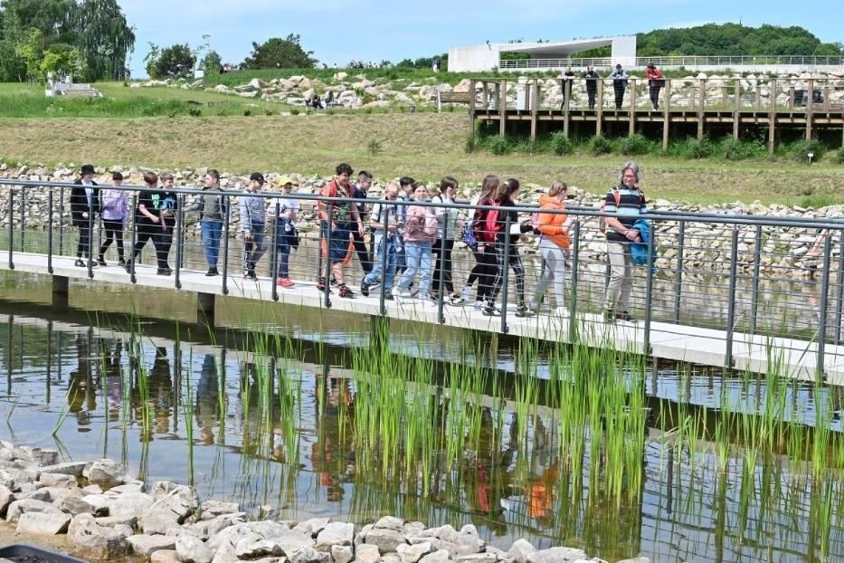 Tłumy dzieci i młodzieży w Ogrodzie Botanicznym w Kielcach. Tak spędzali swoje święto [ZDJĘCIA]
