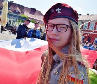 """""""Przemarsz z biało-czerwoną"""" z Hufcem ZHP w Sieradzu 2019 (zdjęcia)"""