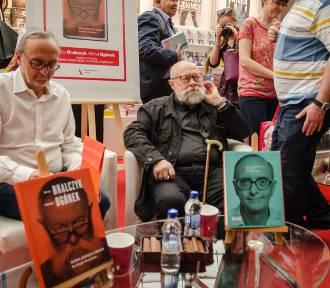 Warszawskie Targi Książki 2018. Nowości wydawnicze i spotkania z pisarzami na Narodowym