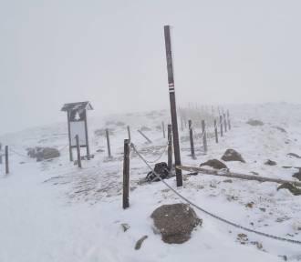 Śnieżka już otwarta! Który szlak na szczyt nadal jest zamknięty?