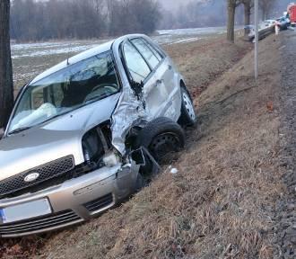 DK 75. Cztery sądeckie auta zderzyły się koło Brzeska [ZDJĘCIA]