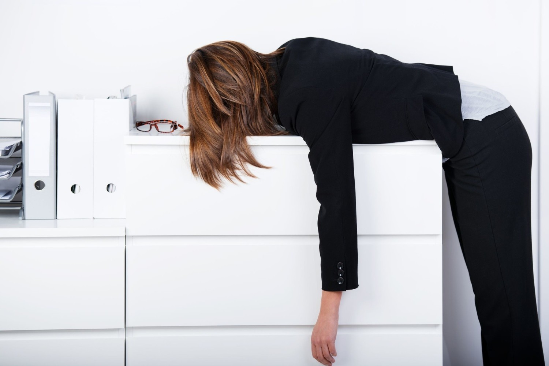 10 objawów wskazujących na to, że źle się odżywiasz. Podpowiadamy, jak naprawić błędy!