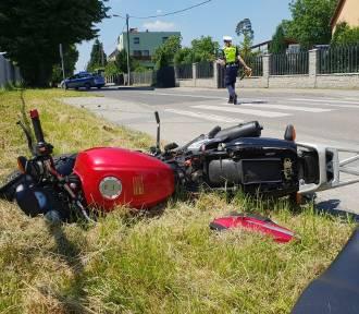 Fatalny wypadek motorowerzysty. Ma złamaną miednicę i nogi