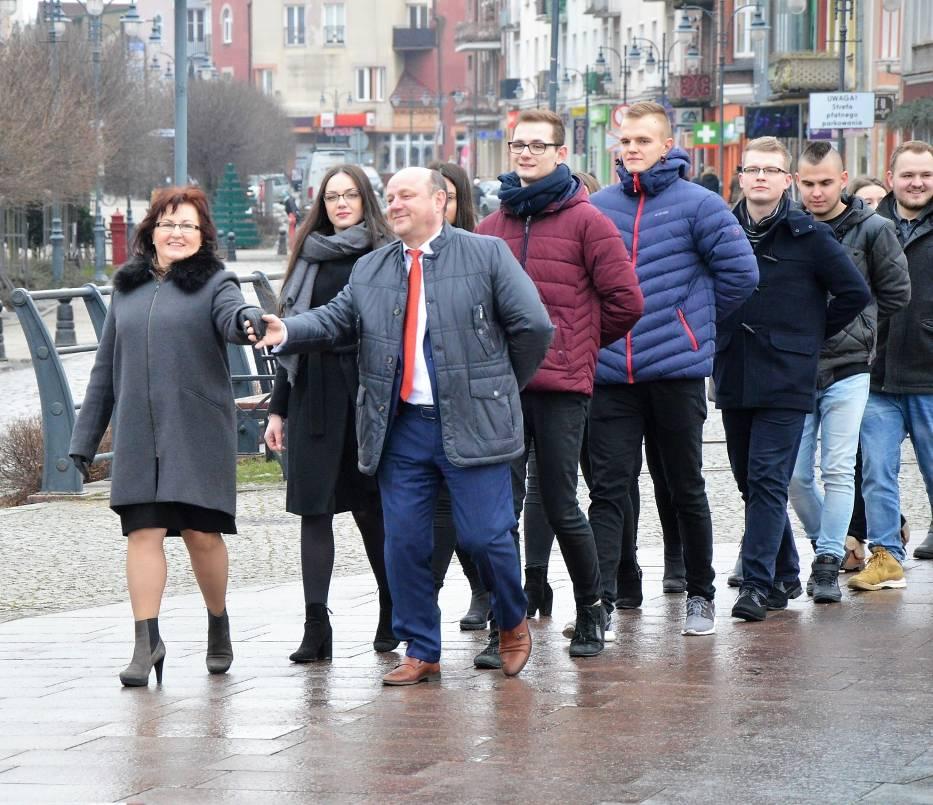 polonez na Placu Jagiellończyka