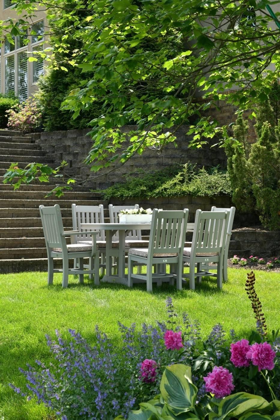 Meble ogrodowe białe