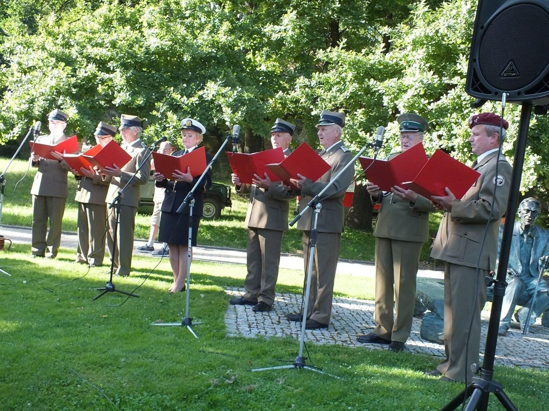 Koncert pieśni patriotycznych Pod Skałkami w Starachowicach [WIDEO, ZDJĘCIA]