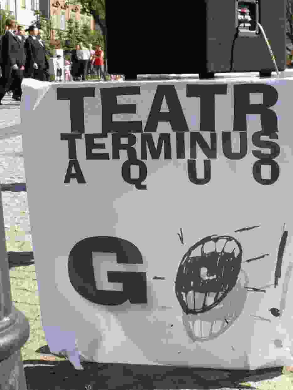 W spektaklu ulicznym nie istnieje tradycyjny podział na scenę i widownię