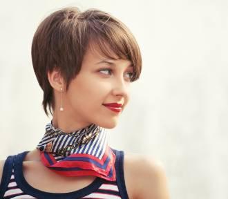 Fryzury krótkie 2021. Najmodniejsze fryzury dla krótkich włosów