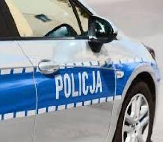 Łaskowianin kierował bez prawa jazdy i potrącił zduńskowolankę [FOTO]