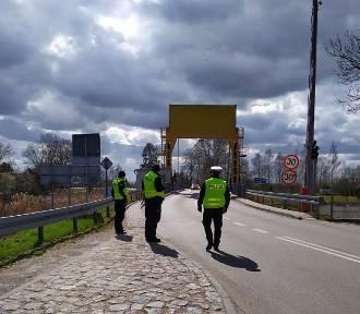 Zbliża się kolejny weekend majowy, a wraz z nim wzmożona ilość patroli policyjnych na drogach.