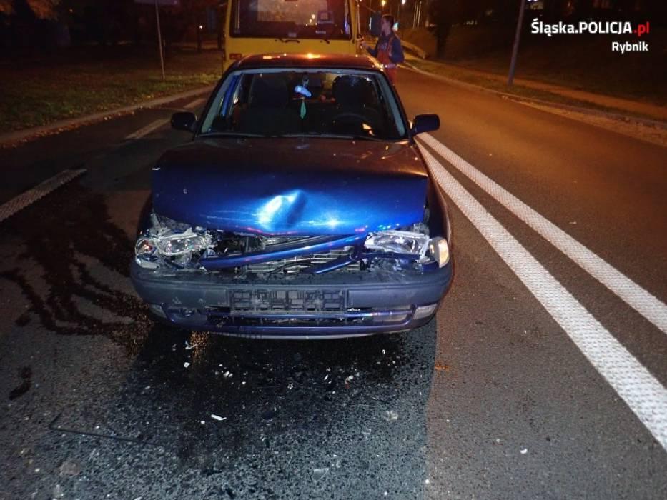Rybnik: Pijany kierowca nie zauważył czerwonego światła
