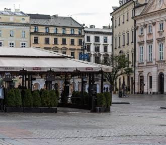 Nowe obostrzenia. Polacy pozytywnie oceniają wprowadzanie lockdownów regionalnie