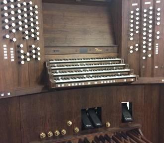 Nowe organy w kościele Mariackim nabierają blasku. Ich dźwięk usłyszymy latem