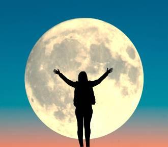Jak pełnia Księżyca wpływa na człowieka?