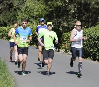 Maraton Opolski 2019. W sobotę biegacze opanują Opole