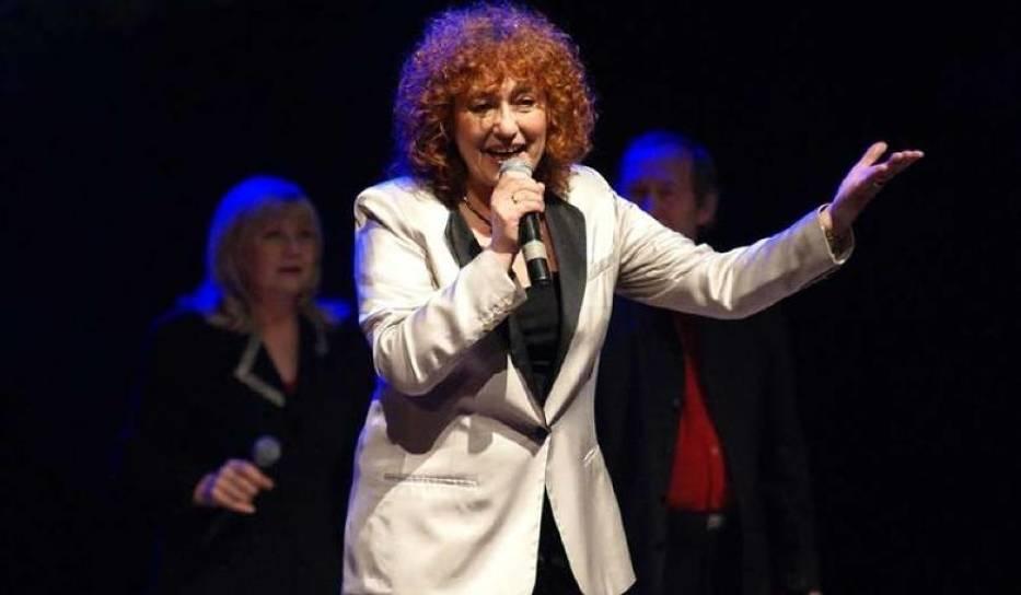 Anna Pietrzak, piosenkarka - Inowrocław