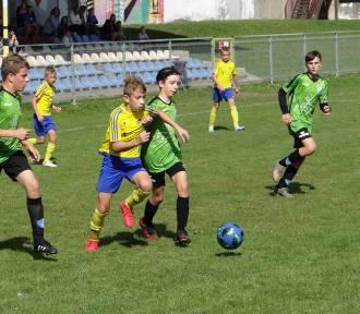 Radomsko: Piłkarskie derby na remis w lidze okręgowej młodzików D1 [ZDJĘCIA]