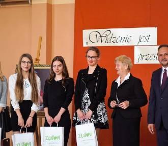 Święto Patrona Szkoły i Dzień Edukacji w ZSE w Złotowie [ZDJĘCIA]