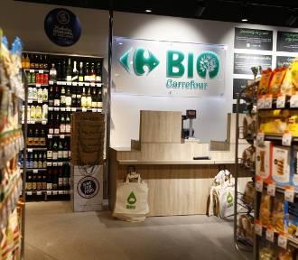 Pierwszy w Polsce Carrefour BIO już otwarty. Warszawiacy mogą kupować żywność ekologiczną w przystępnych