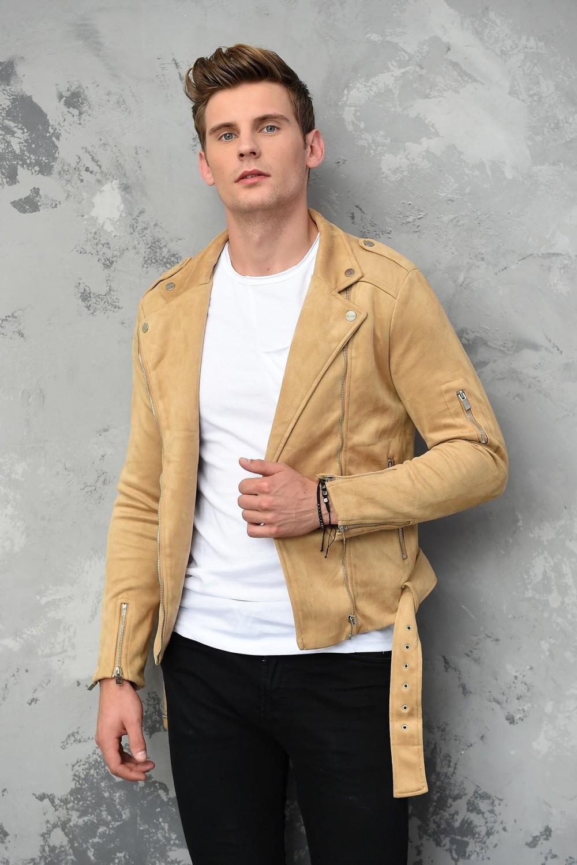 Reprezentantem Polski w konkursie Mr World 2019 jest 23-letni Robert Kapica z Mstowa koło Częstochowy