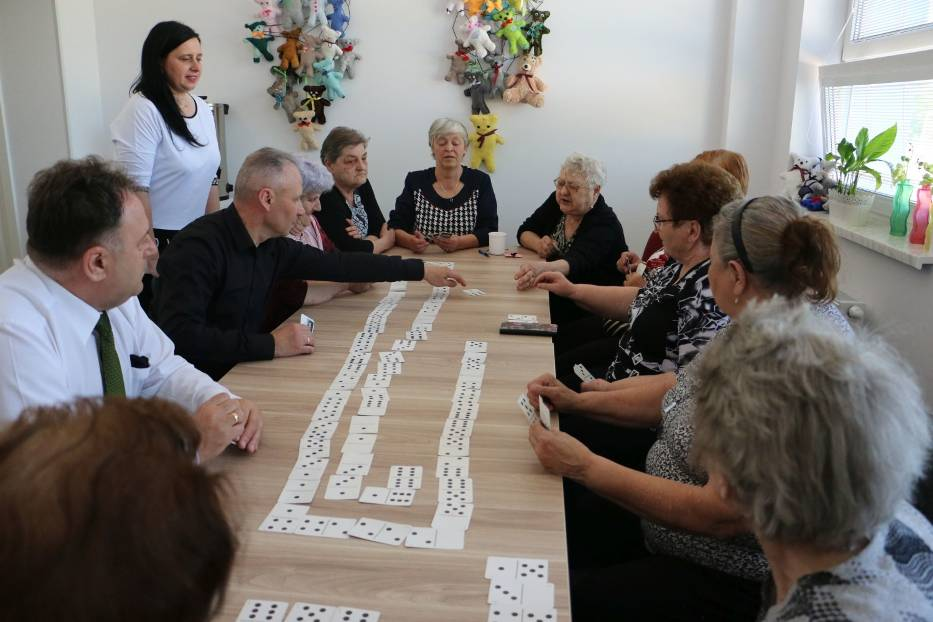 Od 4 maja na zajęcia do Dziennego Domu Pobytu w Rachcinie przychodzą seniorzy z całej gminy