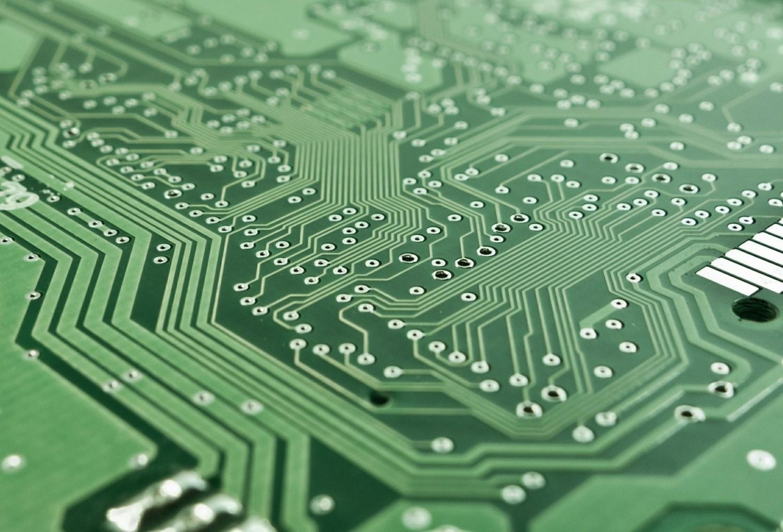 ElektronikaTrudno wyobrazić sobie dzisiejszy świat bez rozwoju technologicznego i prądu