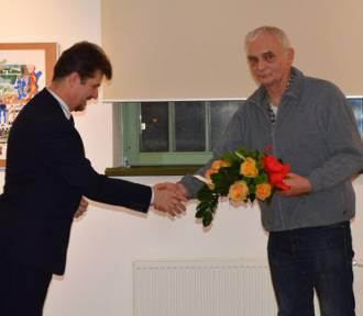 Malbork. Uczestnicy wernisażu uczcili pamięć prezydenta Gdańska. Potem Krzysztof Chrobot zaprezentował