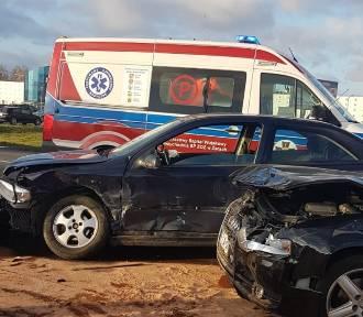 Wypadek w Żarach na obwodnicy miasta. Ranna osoba została odwieziona do szpitala