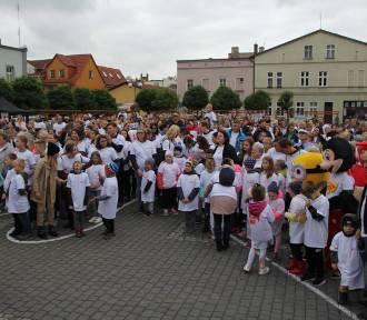 Rekord Polski migania w Złotowie - 640 osób!