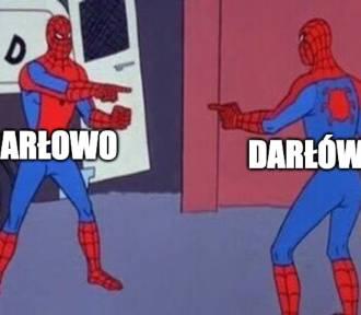 Memy ze Sławnem i Darłowem oraz Bałtykiem w roli głównej. Macie do siebie dystans?