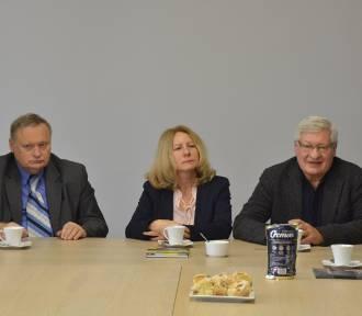 Spotkanie z autorami książki. Odpowiadali na pytania dotyczące niełatwej historii naszego regionu