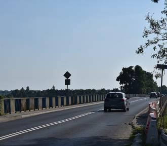 Remont mostu na kanale ulgi w Śremie potrwa najprawdopodobniej dłużej niż planowano