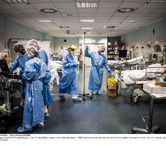 Włochy: lekarz oskarżony o mord zakażonych Covid-19. Chciał zrobić miejsce dla innych