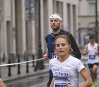 42. maraton Warszawski trwa pomimo pogody [ZDJĘCIA UCZESTNIKÓW, część 2]
