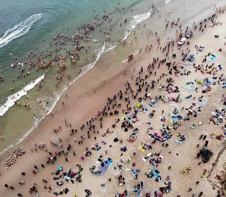Władysławowo i plaża zimą: 6. Wielkie Nordowe Morsowanie | FOT, WIDEO