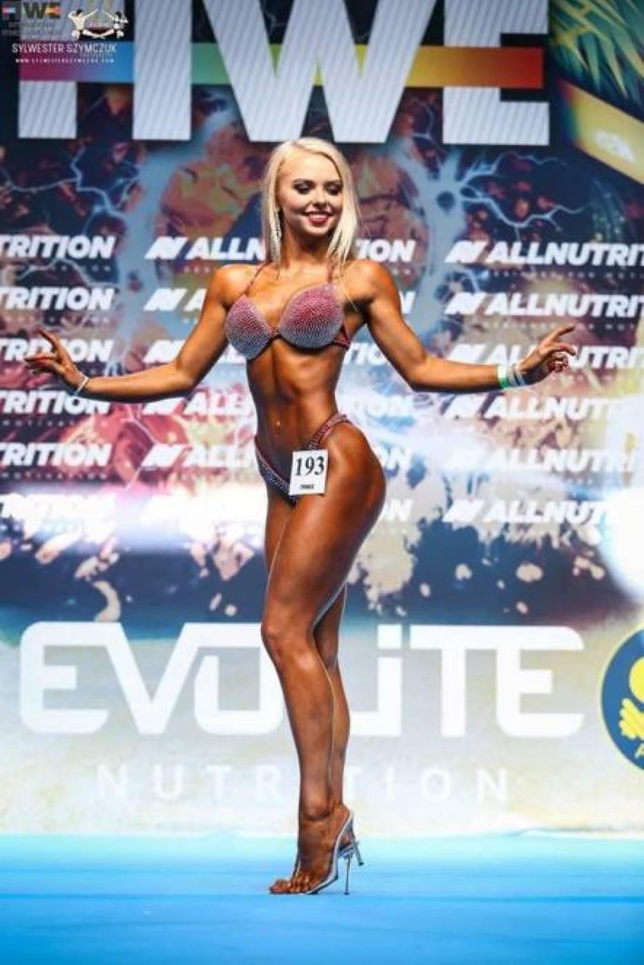 Polkowiczanka Natalia Czajkowska mistrzynią fitness bikini